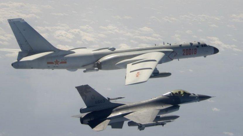 Malaysia Kerahkan Jet Tempur Cegat 16 Pesawat Militer China