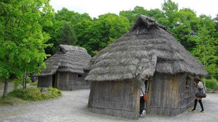 Suku Ainu, Penduduk Asli Jepang yang Hidup Tersembunyi di Tengah Kemajuan Teknologi