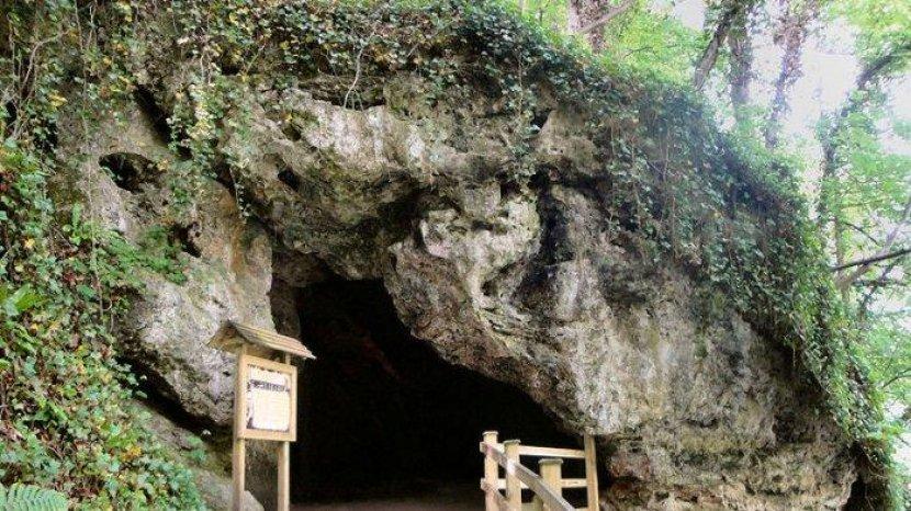 Ditemukan Tahun 1538, Benda Apapun yang Dimasukan ke Sumur Ini Berubah Menjadi Batu