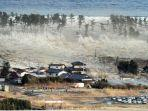 gempa-bumi-dan-tsunami.jpg