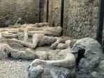 mayat-penduduk-pompei-yang-terawetkan-secara-alami.jpg