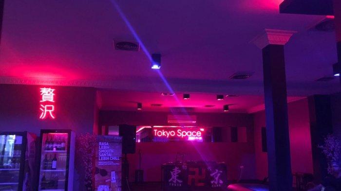 Tampil Berbeda dari Kebanyakan Kafe, Tokyo Space Pilihan Kongko Ala Club