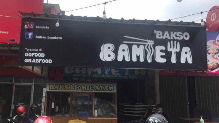 Aneka Pilihan Topping Mie Ayam dan Bakso di Bamieta