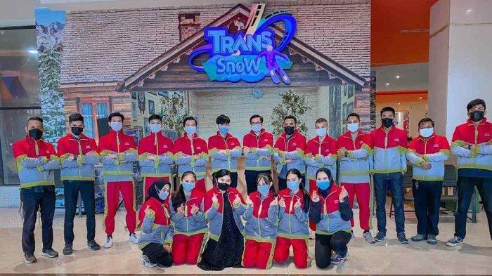 Wahana Bermain Salju di Trans Snow Transmart Lampung