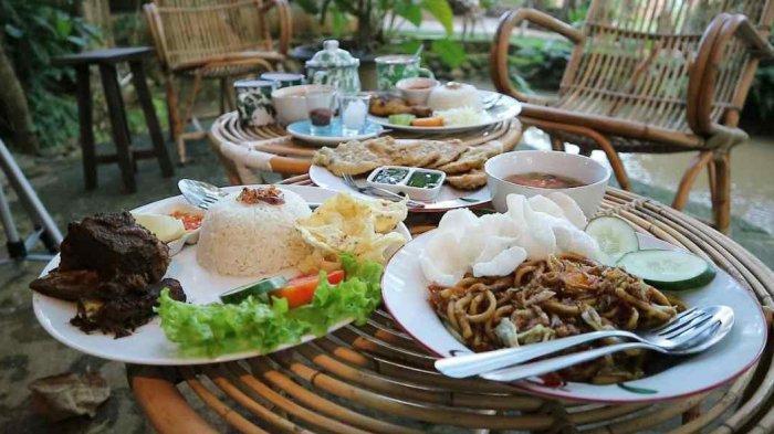 Rekomendasi Menu Tradisional di Maknoni Village, Ada Wedang Uwuh