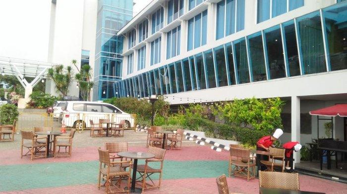 Nikmati Jajanan Kaki Lima Ala Urban Street Food Ramadhan Hotel Emersia