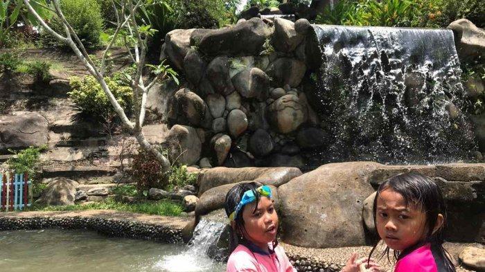 Segar dan Asrinya Berenang di Wisata Pesona Alam Cibiah