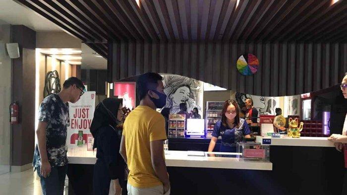 Party Karaoke di Selebriti Entertainment Center Kapasitas hingga 25 Orang