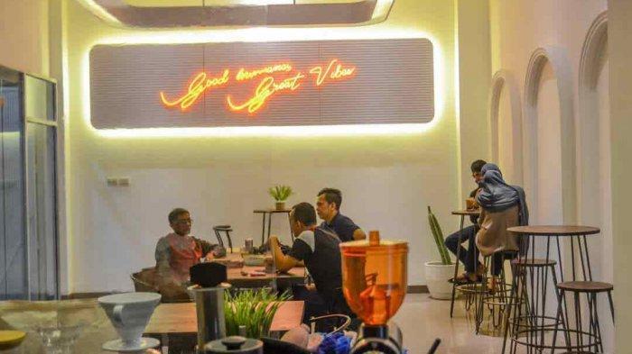 Suasana Soft di Kedai Magna Coffee Cocok Ngopi Santai