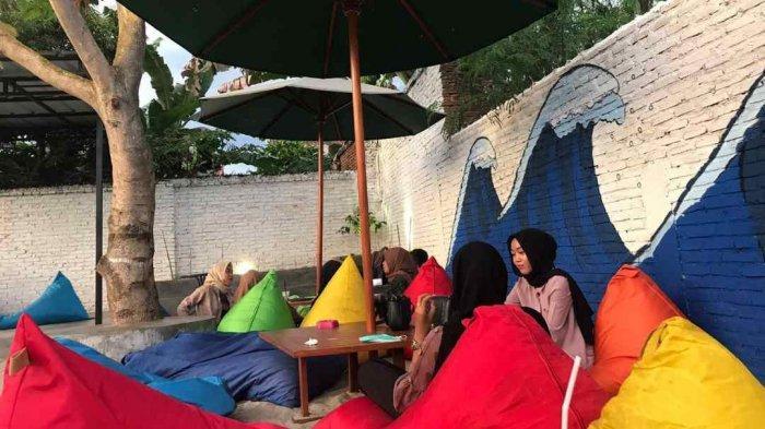 Terinspirasi dari Pantai Tanjung Setia, DR Koffie Tampil Beda dari Kedai Kopi Lain