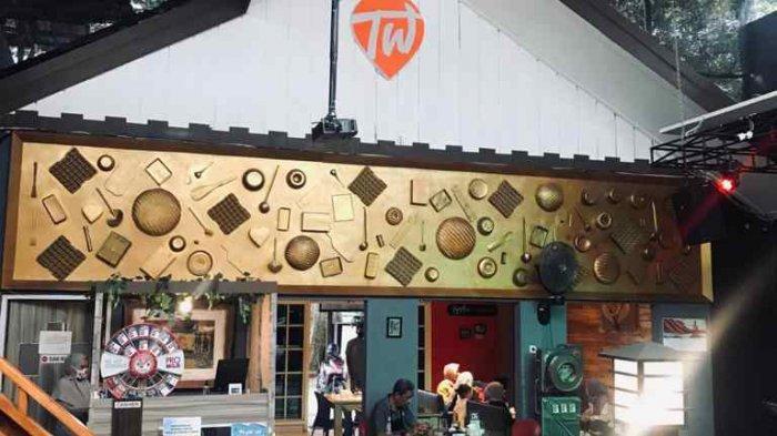 Suasana Klasik di Two Wan Cafe and Gallery, Cocok untuk Semua Kalangan