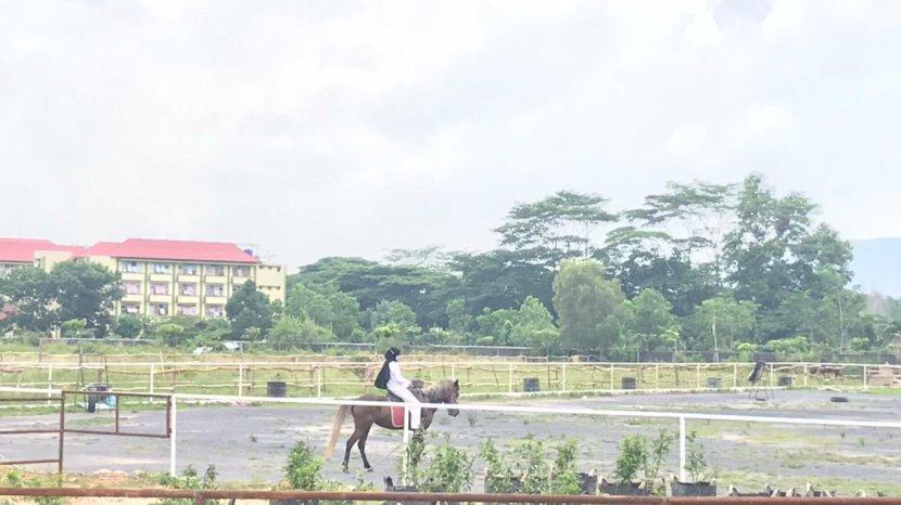 Latihan-berkuda-di-Siger-Horse.jpg
