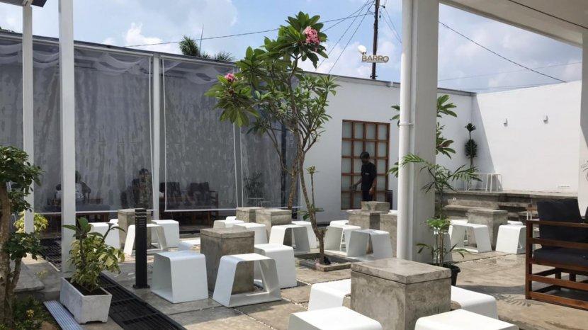 Kedai Kopi dengan Ragam Spot Foto Estetik di Barro Space