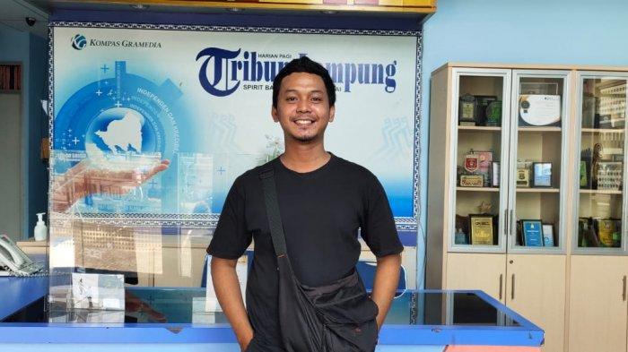 Mengenal Angga 'Lowpop' Wahyu, Pelukis Asal Lampung yang Gelar Pameran di Jogja