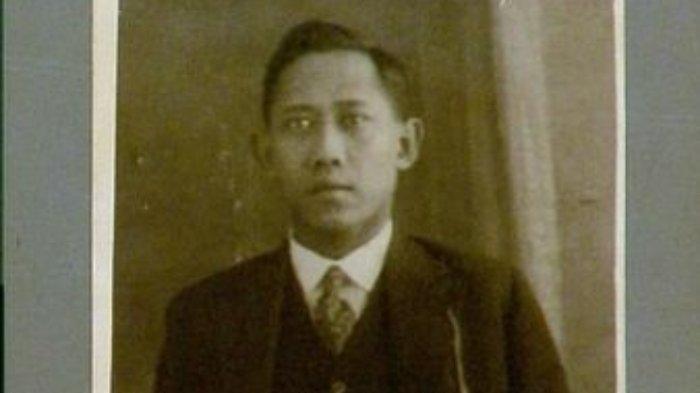 Biodata Darsono Salah Satu Tokoh Generasi Pertama Partai Komunis Indonesia
