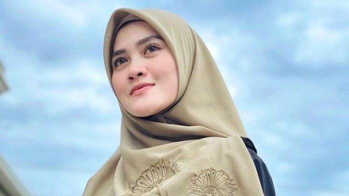 Biodata Henny Yuliana Rahman Mantan Istri Zikri Daulay yang Kini Menjadi Istri Alvin Faiz