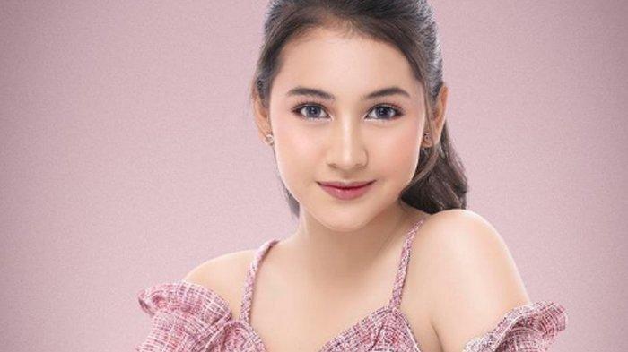 Biodata Sandrinna Michelle, Pemeran Wulan di Sinetron Dari Jendela SMP
