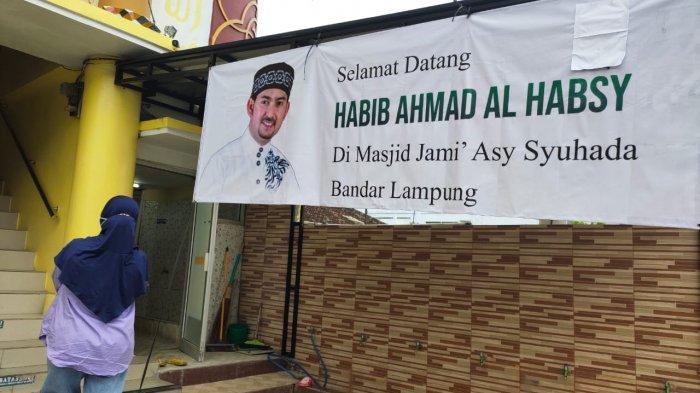 Habib Ahmad Al Habsy Sambangi Masjid Jami Asy Syuhada di Bandar Lampung