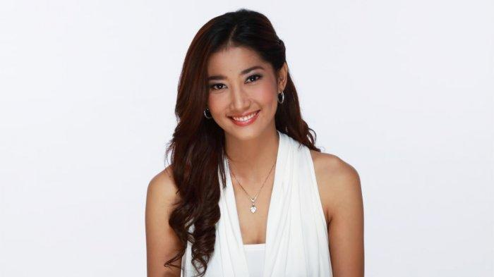 Profil Adelia Rasya, Aktris Cantik yang Memulai Kariernya di Film Kawin Kontrak