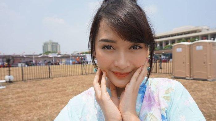 Profil Devi Kinal Putri, Aktris dan Penyanyi yang Mengawali Kariernya di JKT48