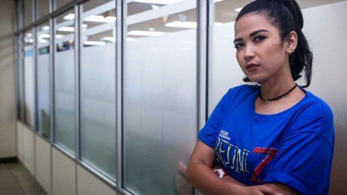 Profil Dinda Kanyadewi Aktris dan Pesinetron yang Memulai Kariernya Sebagai Finalis GADIS Sampul