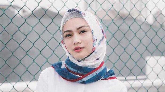 Profil Melody Nurramdhani Laksani Aktris dan Penyanyi Jebolan JKT48