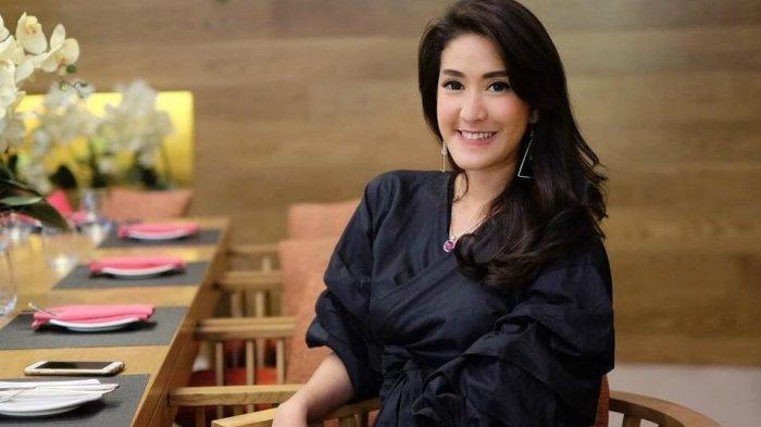 Sosok Elma Agustin Aktris Cantik Mantan Kekasih Kevin Aprilio