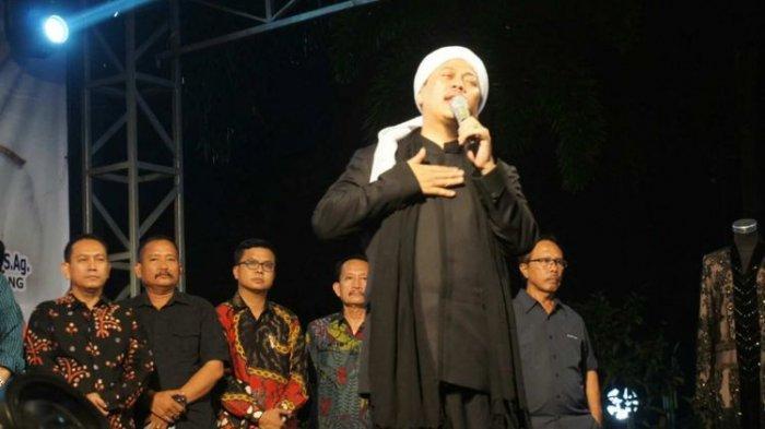 Profil Opick, Penyanyi Religi Ternama Indonesia Pelantun Tombo Ati