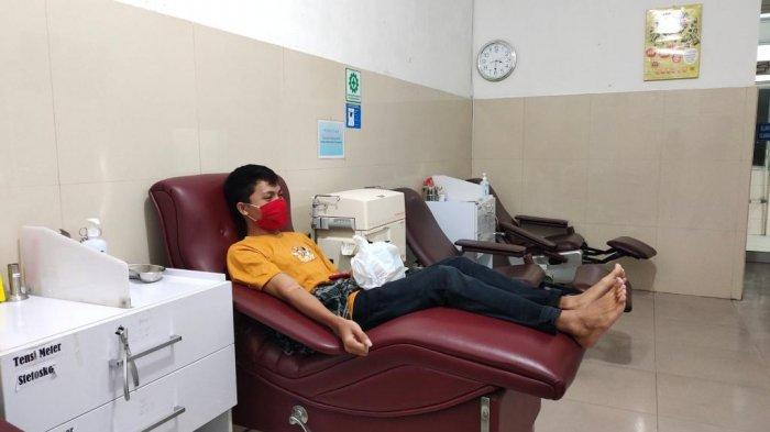 Simak Tips Aman Donor Darah Saat Puasa