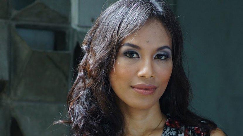 Profil Ayu Utami, Jurnalis dan Sastrawan Berkebangsaan Indonesia