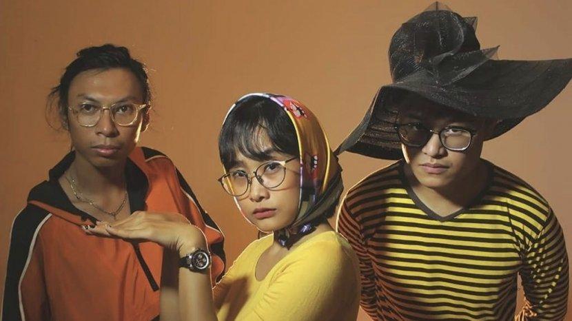 Profil MRNMRS, Band Indie Lampung Ciptakan Lagu Berbahasa Inggris