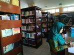 tak-hanya-buku-dinas-perpustakaan-dan-kearsipan-provinsi-lampung-sediakan-bioskop-mini-1.jpg