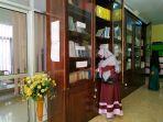 tak-hanya-buku-dinas-perpustakaan-dan-kearsipan-provinsi-lampung-sediakan-bioskop-mini-5.jpg