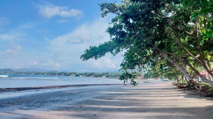 Berkenalan dengan Pantai Batu Pinagut, Primadona Pariwisata Bolaang Mongondow Utara