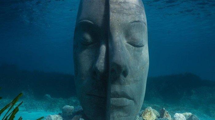 Museum Bawah Air Cannes Prancis Telah Dibuka, Ada 6 Patung Topeng Seberat 9 Ribu Kilogram