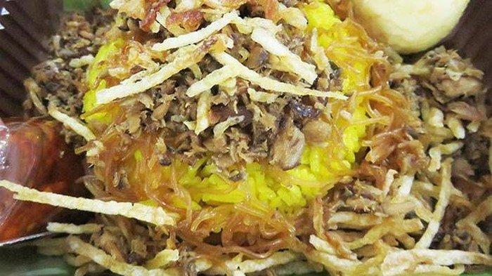 Lapar Tengah Malam di Kota Manado? Cobalah Cari Nasi Kuning