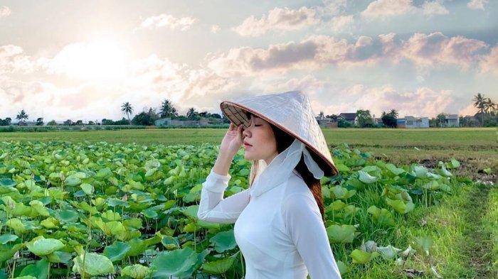 Ini Fakta Unik Non La, Topi Kerucut Para Petani yang Umum Ditemukan di Vietnam