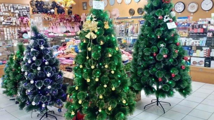 Ramai Diburu Masyarakat, Berikut Daftar Harga Pernak-Pernik Natal di Golden Supermarket Manado