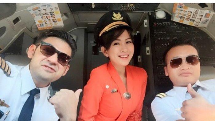 Ini Makna Dibalik Warna Seragam Pramugari Garuda Indonesia