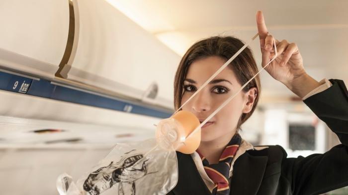 Hadapi Situasi Darurat Saat Terbang Menggunakan Pesawat, Pramugari Berikan Trik Khusus