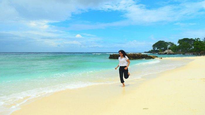 Pulau Lihaga, Pulau Cantik Nan Teduh di Minahasa Utara