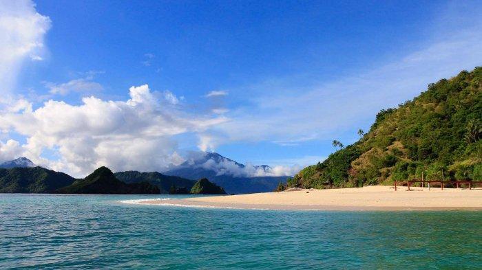 Menjelajahi Keindahan Pulau Mahoro, Pulau Kecil Nan Cantik di Sulawesi Utara