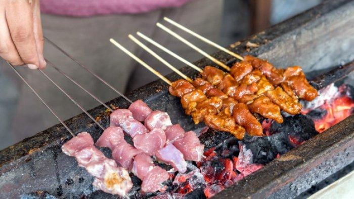 6 Sate Enak di Surabaya untuk Makan Malam, Ada Sate Taichan hingga Sate Klopo Ondomohen
