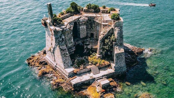 Fakta Menarik Scola Tower di Italia, Menara Benteng Pertahanan yang Berada di Tengah Laut