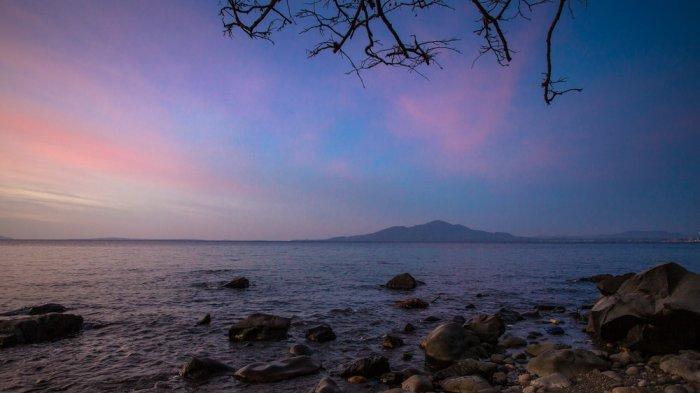 Indahnya Malalayang, Pantai yang Dijuluki Negeri Senja