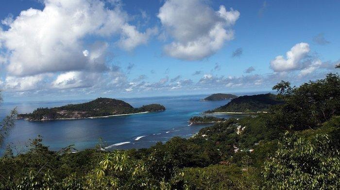 Begini Cara Warga Pulau Cantik Ini Pertahankan Keindahan Alamnya, Gotong Royong Lakukan Rebisasi