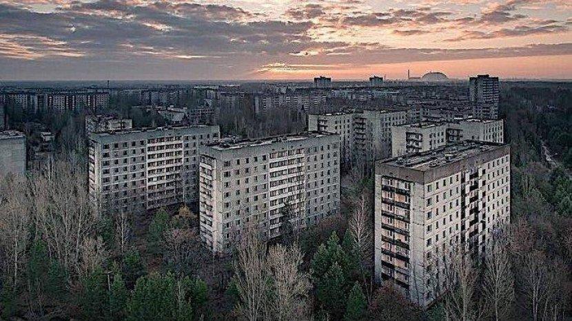Mengenang Sejarah Chernobyl dari Langit Menggunakan Ukraine International Airlines