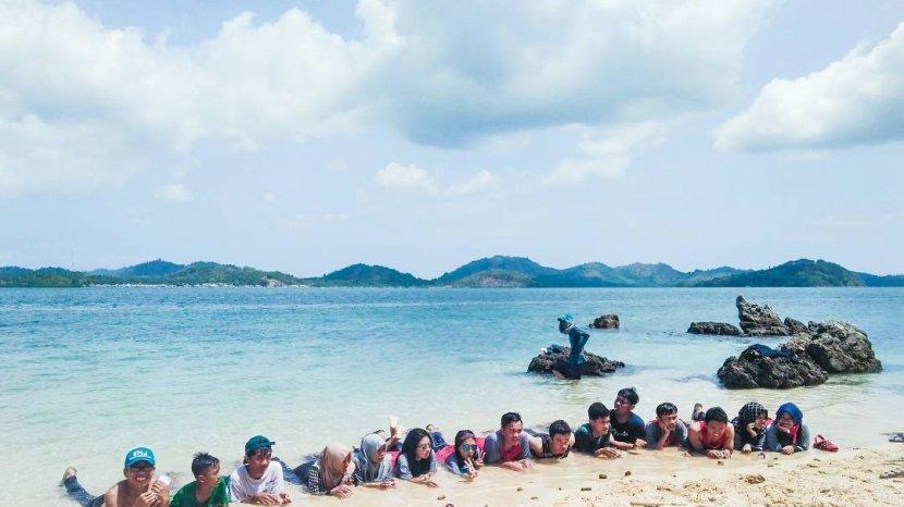 Kalahkan Pulau Tiga, Bupati Bolmong Terpesona Dengan Pulau Ini, Apa itu?
