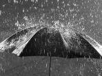 traveling-di-musim-hujan.jpg