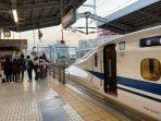 Viral! Turis Indonesia Sebabkan Kereta Shinkansen Jepang Terlambat 10 Menit